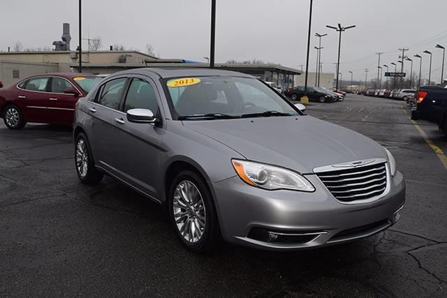 2013 chrysler 200 limited limited 4dr sedan for sale in. Black Bedroom Furniture Sets. Home Design Ideas