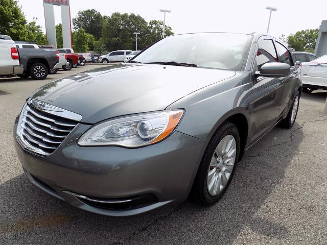 2013 chrysler 200 lx lx 4dr sedan for sale in clarksville tennessee classified. Black Bedroom Furniture Sets. Home Design Ideas