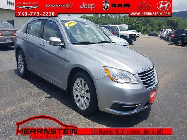 2013 chrysler 200 lx lx 4dr sedan for sale in chillicothe ohio classified. Black Bedroom Furniture Sets. Home Design Ideas