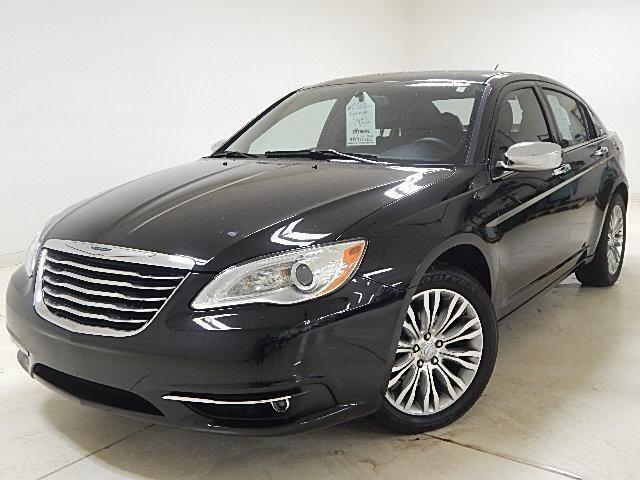 2013 chrysler 200 sedan limited leather v6 nav for sale in. Black Bedroom Furniture Sets. Home Design Ideas