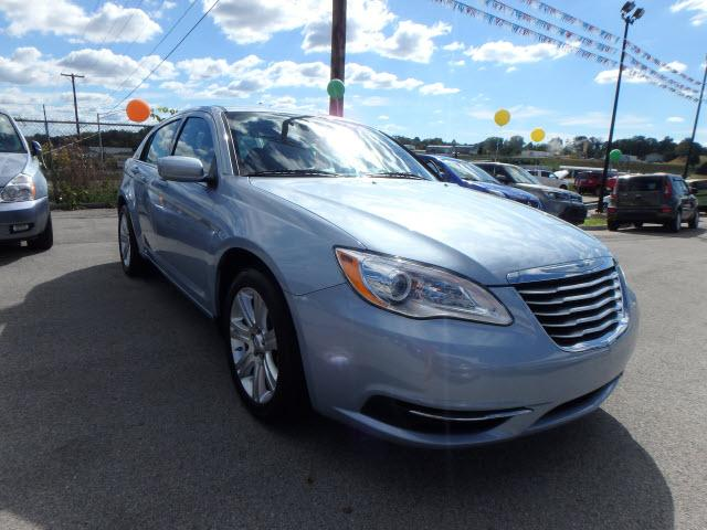 2013 chrysler 200 touring somerset ky for sale in somerset kentucky classified. Black Bedroom Furniture Sets. Home Design Ideas