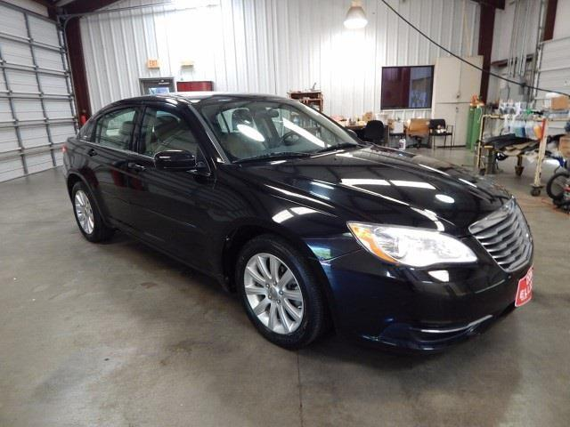 2013 chrysler 200 touring touring 4dr sedan for sale in burr texas classified. Black Bedroom Furniture Sets. Home Design Ideas