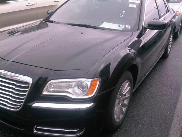 2013 chrysler 300 base base 4dr sedan for sale in mount juliet tennessee classified. Black Bedroom Furniture Sets. Home Design Ideas