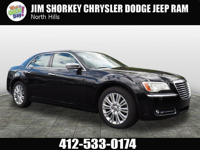 2013 Chrysler 300 C AWD C 4dr Sedan