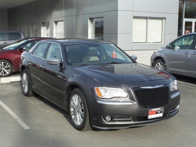 2013 chrysler 300 c luxury series awd c luxury series 4dr sedan for sale in new hamburg new. Black Bedroom Furniture Sets. Home Design Ideas