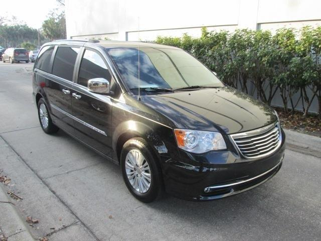 2013 chrysler town and country limited limited 4dr mini van for sale in new smyrna beach. Black Bedroom Furniture Sets. Home Design Ideas