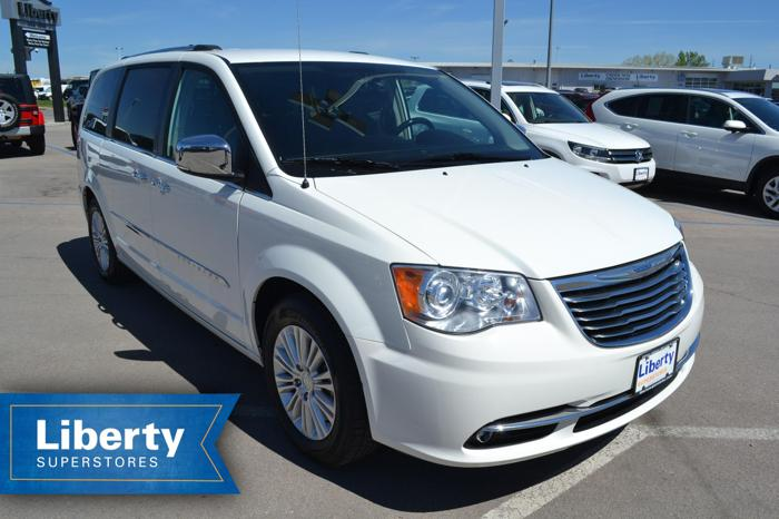 2013 Chrysler Town And Country Limited Limited 4dr Mini