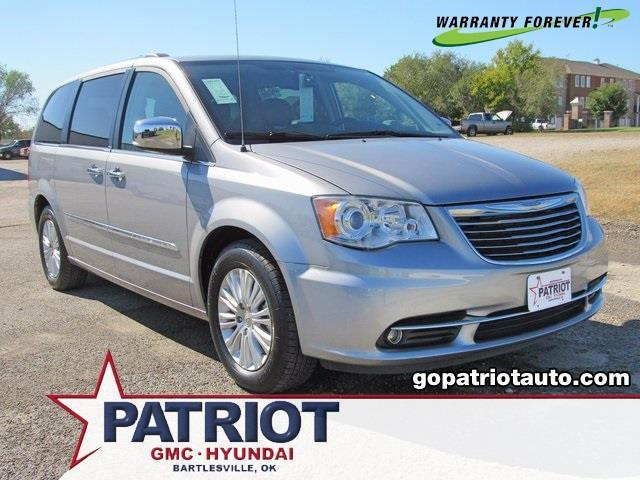 2013 chrysler town and country limited limited 4dr mini van for sale in bartlesville oklahoma. Black Bedroom Furniture Sets. Home Design Ideas
