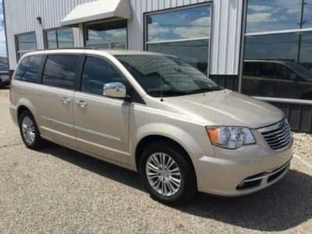 2013 chrysler town and country touring l touring l 4dr mini van for sale in milton florida. Black Bedroom Furniture Sets. Home Design Ideas