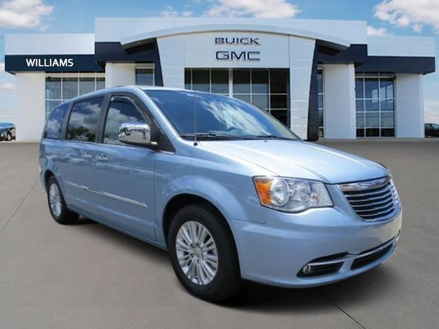 2013 chrysler town and country touring l touring l 4dr mini van for sale in charlotte north. Black Bedroom Furniture Sets. Home Design Ideas