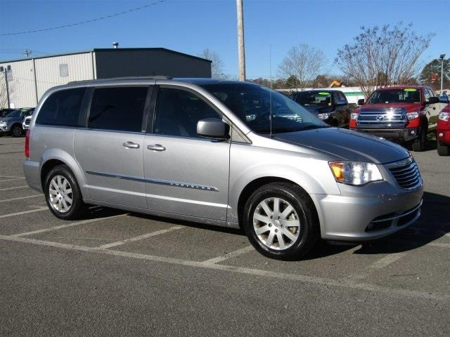 2013 chrysler town and country touring touring 4dr mini van for sale in elizabeth city north. Black Bedroom Furniture Sets. Home Design Ideas