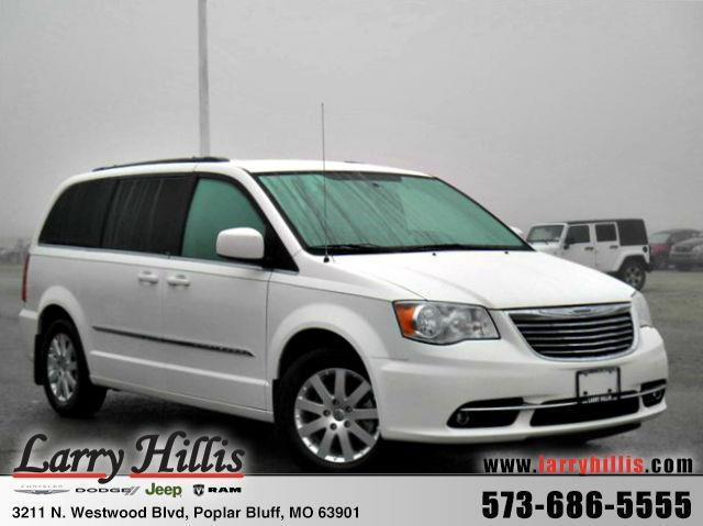 2013 chrysler town and country touring touring 4dr mini van for sale in poplar bluff missouri. Black Bedroom Furniture Sets. Home Design Ideas