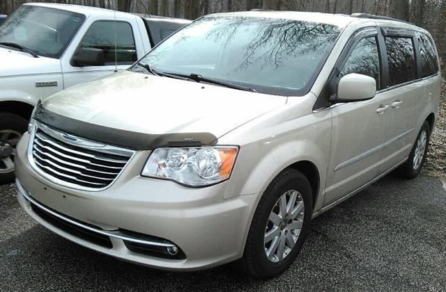 2013 chrysler town and country touring touring 4dr mini van for sale in madison ohio classified. Black Bedroom Furniture Sets. Home Design Ideas