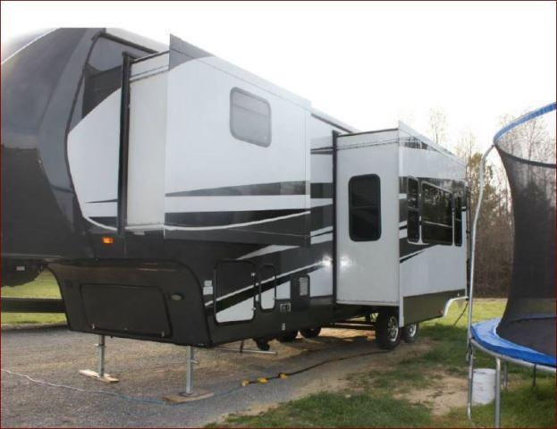 2013 Crossroads Elevation 3612 For Sale in Blackstone,