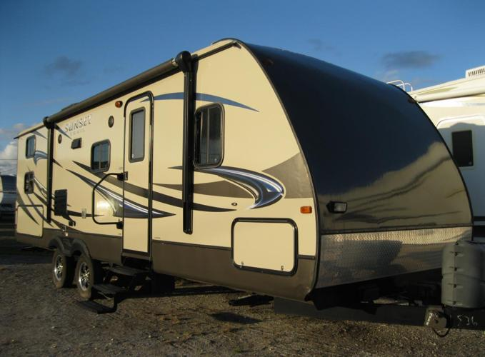 2013 Crossroads Sunset Trail 270BH Travel Trailer for Sale