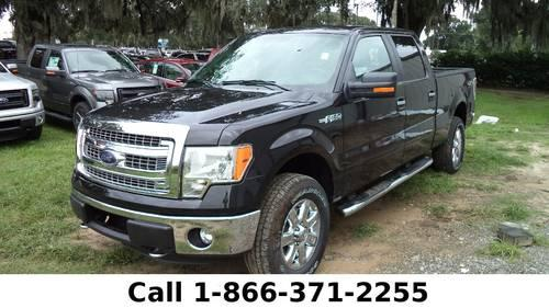 2013 Ford F-150 XLT - Tow Hooks - Running Boards