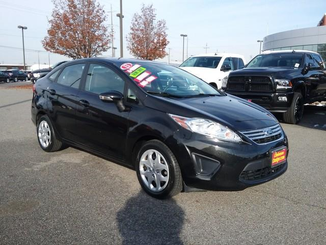 2013 Ford Fiesta SE SE 4dr Sedan