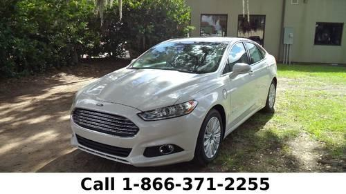 2013 Ford Fusion Energi SE - Back-up Camera - Leather