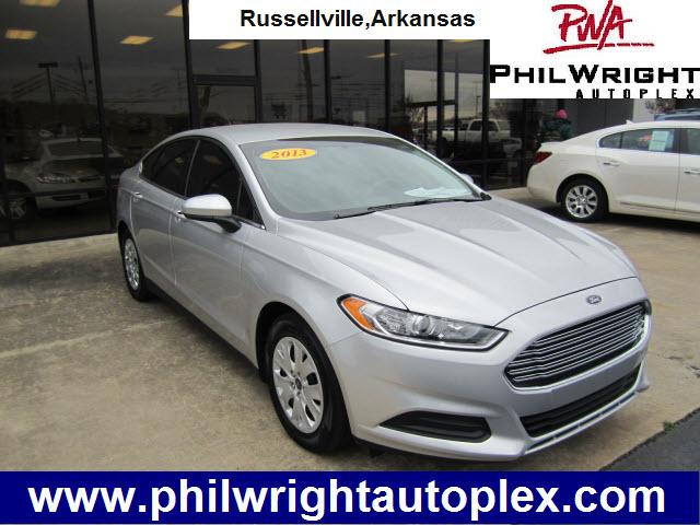 2013 ford fusion s russellville ar for sale in russellville arkansas classified. Black Bedroom Furniture Sets. Home Design Ideas