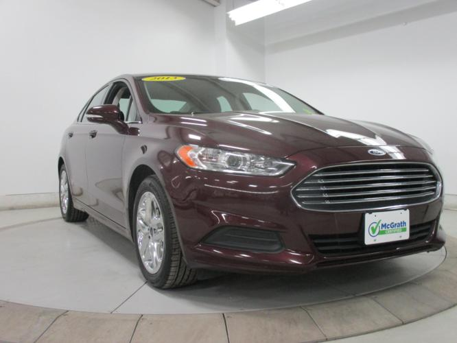 2013 ford fusion se se 4dr sedan for sale in dubuque iowa classified. Black Bedroom Furniture Sets. Home Design Ideas