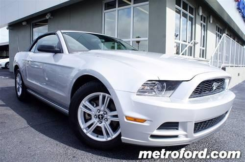 2013 Ford Mustang Convertible V6