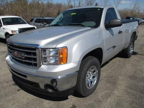 2013 gmc sierra 1500 regular cab standard box 4 wheel drive work truck for sale in cincinnati. Black Bedroom Furniture Sets. Home Design Ideas