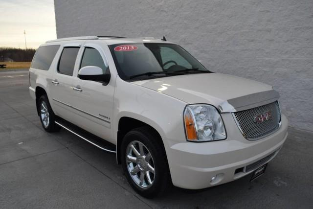 2013 gmc yukon xl denali awd denali xl 4dr suv for sale in davenport iowa classified. Black Bedroom Furniture Sets. Home Design Ideas