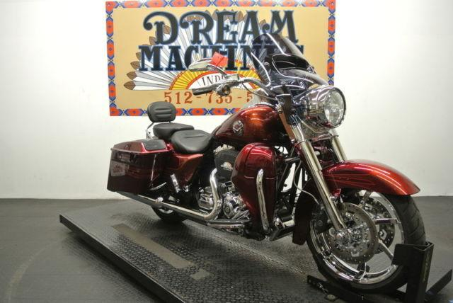 2013 Harley-Davidson FLHRSE5 - Screamin Eagle CVO Road