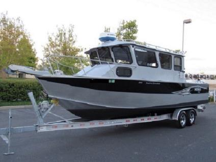 2013 Hewes 260 Pacific Explorer*Sport Fisherman*