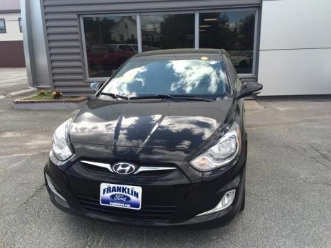 2013 hyundai accent 4 door hatchback for sale in franklin. Black Bedroom Furniture Sets. Home Design Ideas