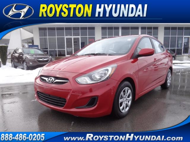 2013 HYUNDAI Accent GLS 4dr Sedan 6M