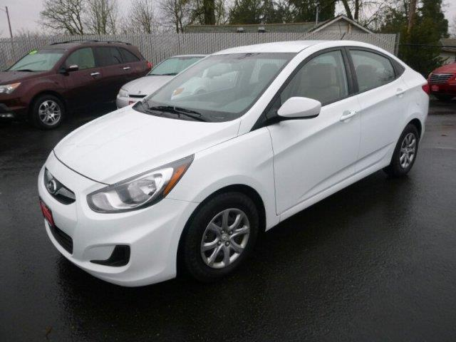 2013 hyundai accent gls gls 4dr sedan for sale in albany. Black Bedroom Furniture Sets. Home Design Ideas