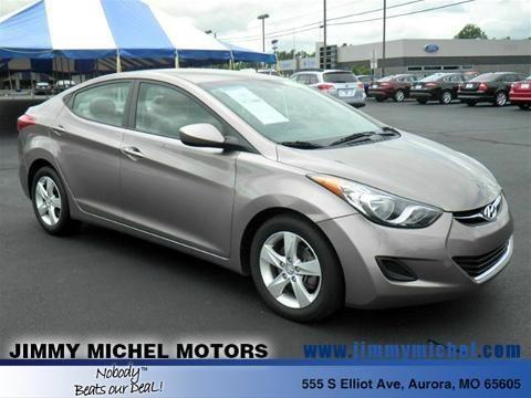 2013 HYUNDAI ELANTRA 4 DOOR SEDAN