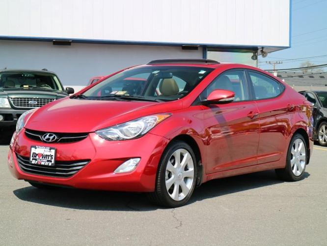 2013 hyundai elantra limited limited 4dr sedan for sale in. Black Bedroom Furniture Sets. Home Design Ideas