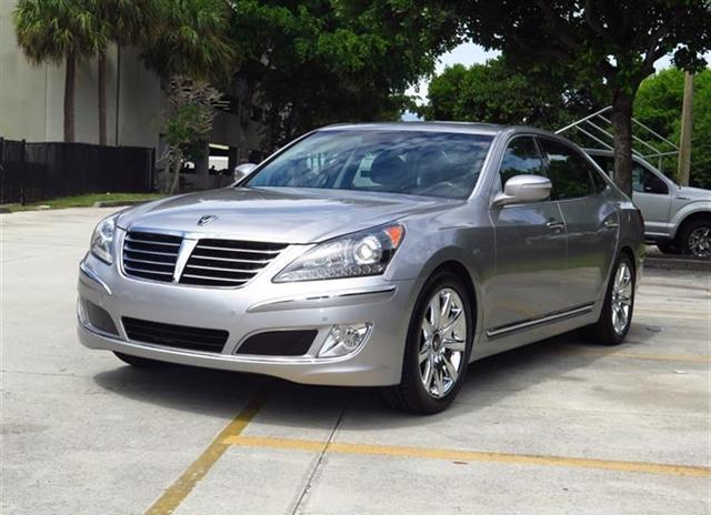 2013 hyundai equus signature for sale in pompano beach florida classified. Black Bedroom Furniture Sets. Home Design Ideas