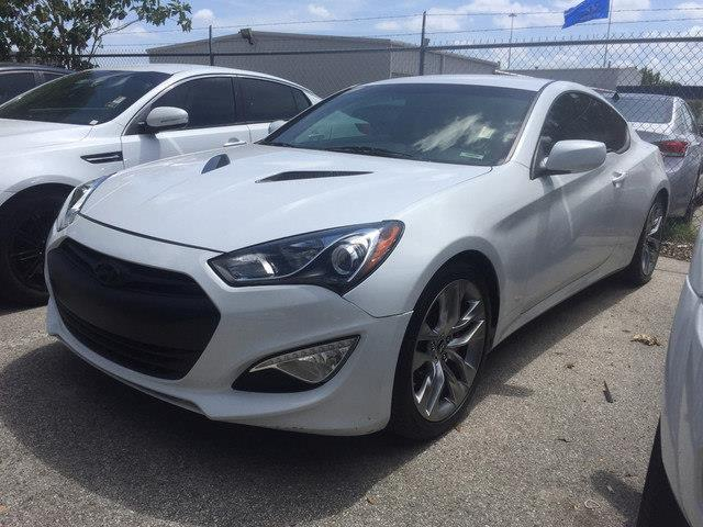 2013 hyundai genesis coupe 3 8 r spec 3 8 r spec 2dr coupe for sale in austin texas classified. Black Bedroom Furniture Sets. Home Design Ideas
