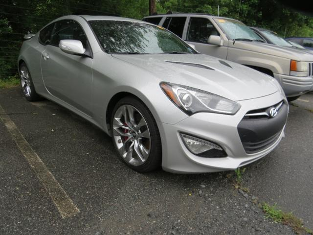 2013 hyundai genesis coupe 3 8 track 3 8 track 2dr coupe for sale in charlotte north carolina. Black Bedroom Furniture Sets. Home Design Ideas