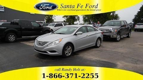 2013 HYUNDAI SONATA 4 DOOR SEDAN