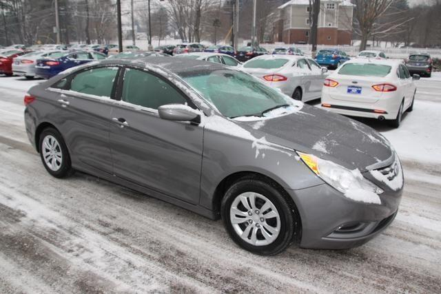 2013 hyundai sonata 4d sedan gls for sale in norwich connecticut classified. Black Bedroom Furniture Sets. Home Design Ideas