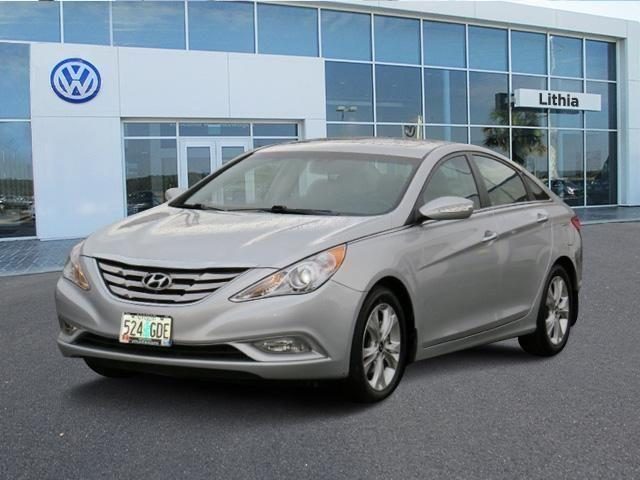 2013 hyundai sonata 4dr car for sale in medford oregon. Black Bedroom Furniture Sets. Home Design Ideas