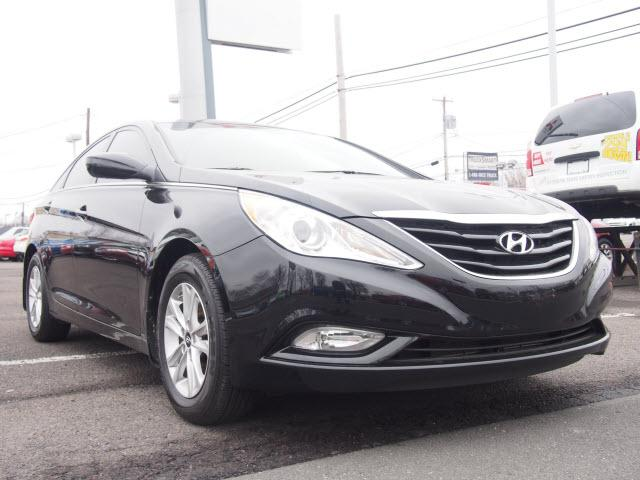 2013 hyundai sonata gls 4dr sedan pzev for sale in fairless hills pennsylvania classified. Black Bedroom Furniture Sets. Home Design Ideas