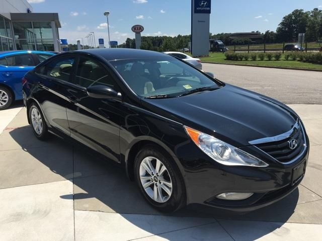 2013 hyundai sonata gls gls 4dr sedan for sale in chester virginia classified. Black Bedroom Furniture Sets. Home Design Ideas
