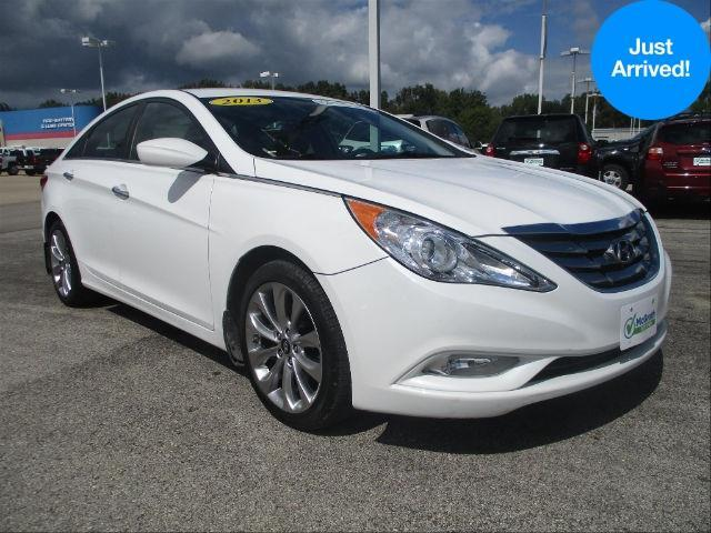 2013 hyundai sonata limited limited 4dr sedan for sale in dubuque iowa classified. Black Bedroom Furniture Sets. Home Design Ideas