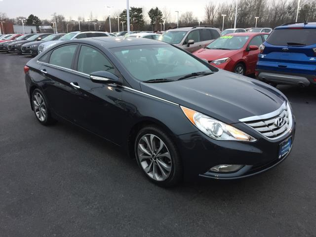 2013 hyundai sonata se 2 0t se 2 0t 4dr sedan for sale in amherst new york classified. Black Bedroom Furniture Sets. Home Design Ideas