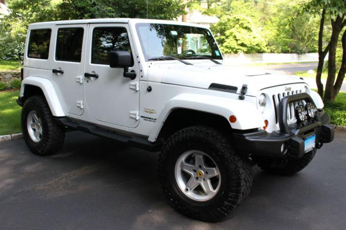 2013 jeep wrangler for sale in ridgefield connecticut classified. Black Bedroom Furniture Sets. Home Design Ideas