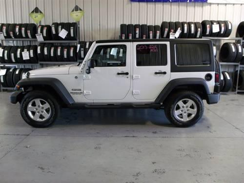 2013 jeep wrangler convertible unlimited for sale in sweetwater tennessee classified. Black Bedroom Furniture Sets. Home Design Ideas