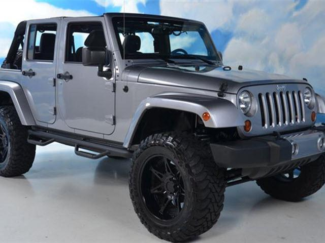 2013 jeep wrangler unlimited sahara nashville tn for sale in nashville tennessee classified. Black Bedroom Furniture Sets. Home Design Ideas