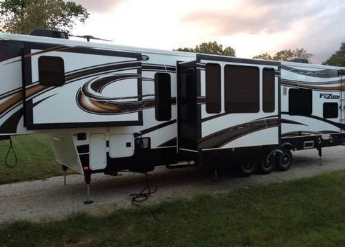 2013 Keystone Fuzion 395 For Sale In East Saint Louis