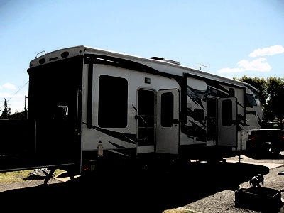 2013 Keystone Raptor 300 MP Toy-Hauler 5th Wheel, 36'