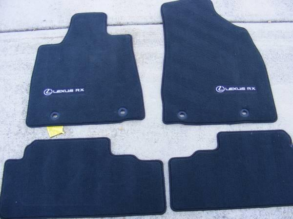 2013 lexus rx350 new floor mats oem 2013 car truck part in morristown tn 4326587986. Black Bedroom Furniture Sets. Home Design Ideas